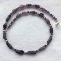 Violette römische Glasröhrchen ,Amethyst und vers.Ringe