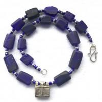 Blaue Glasquader aus römischen Scherben, Telsum Amulett