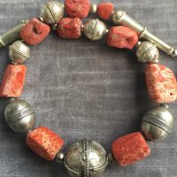 Alte Silberelemente aus Indien und Afghanistan, Schaumkorallen
